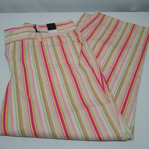NWT! Womens Size 16 Striped Cropped Capris